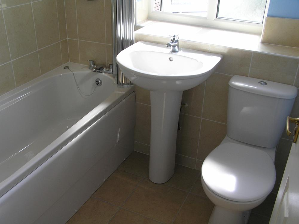 Bathroom in singleton kent m b barden and son for Bathroom bath