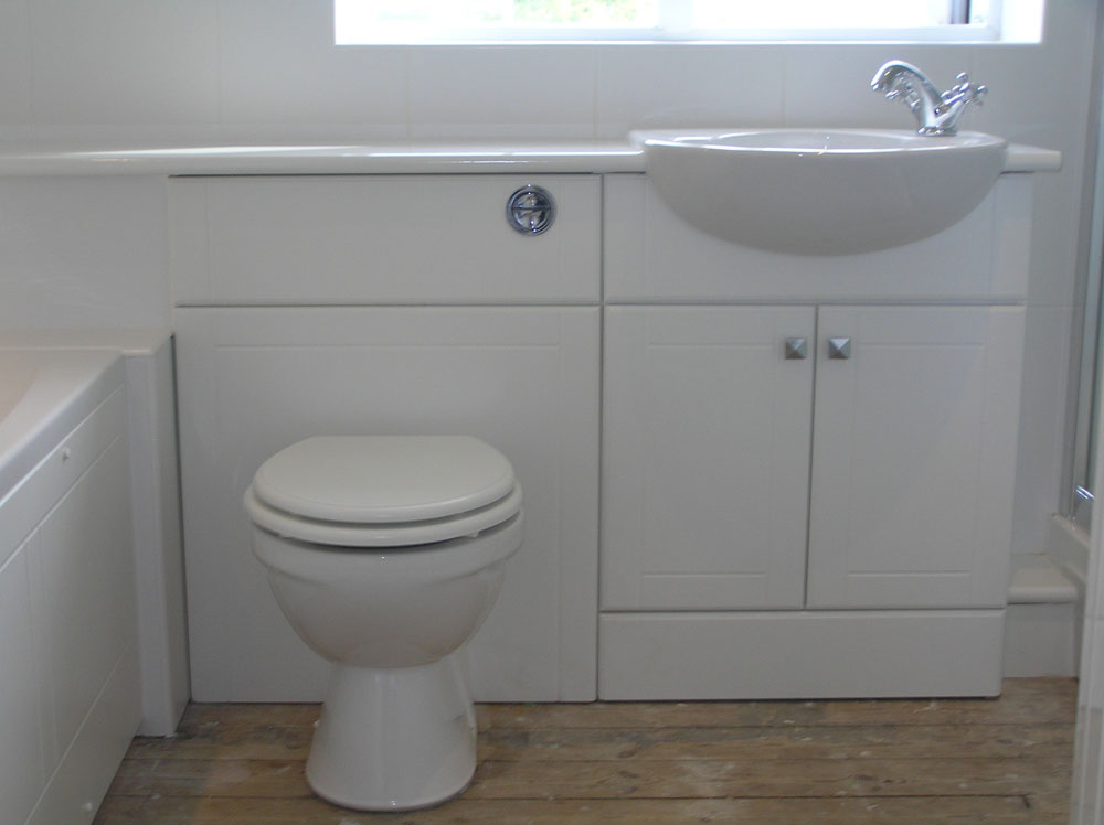 Bathroom And En Suite In Naccolt Kent M B Barden And Son